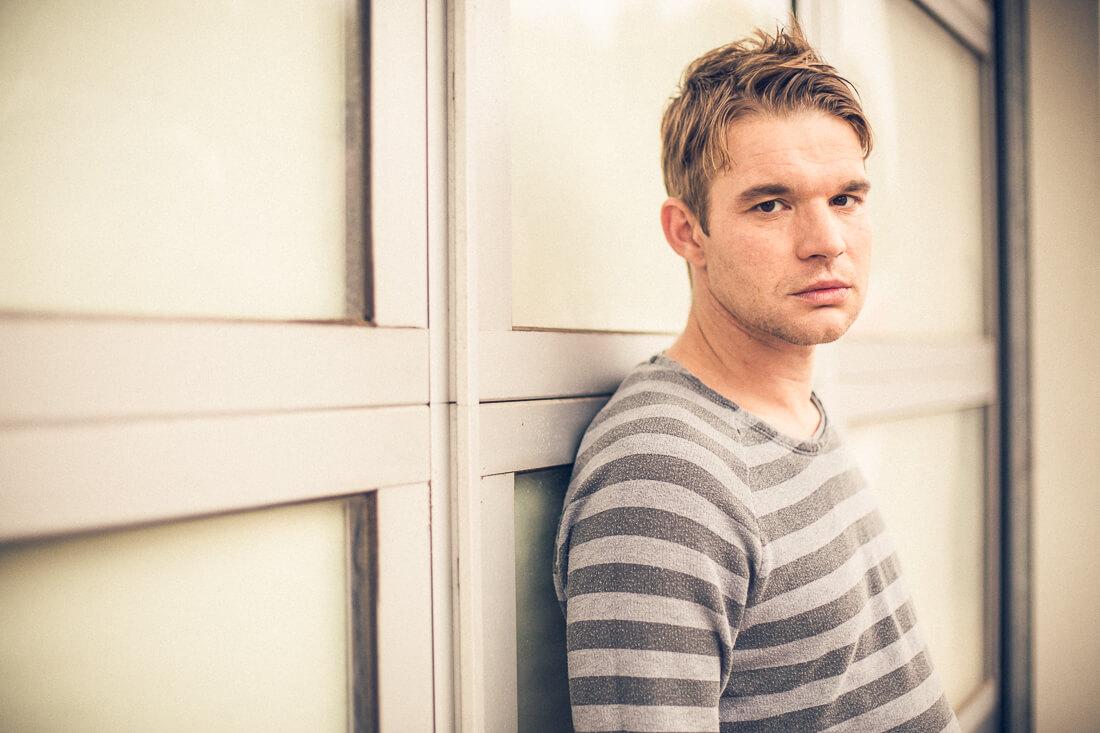 Schauspieler Tobias Schenke, fotografiert von Matthias Baumgartner