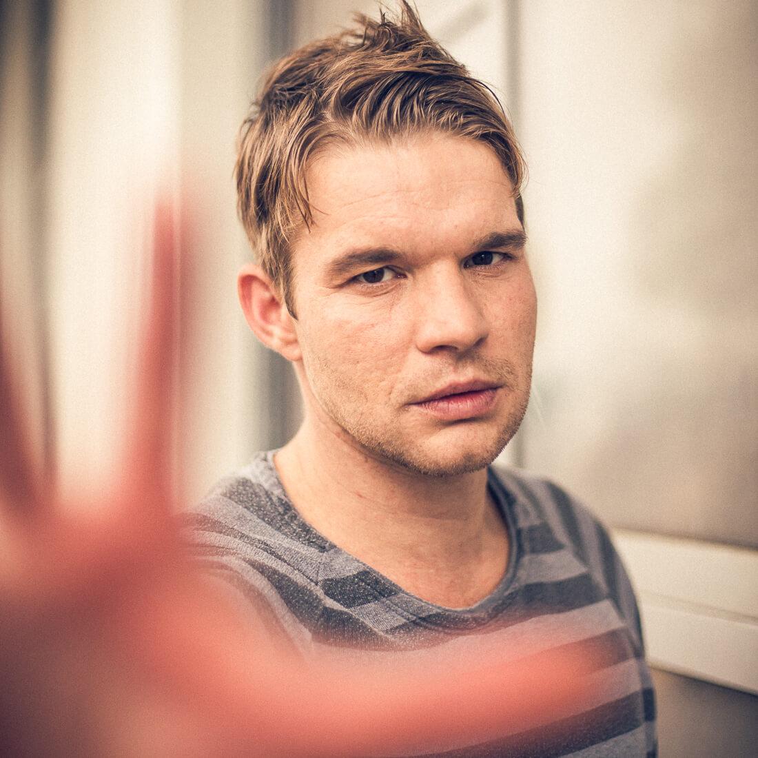 Schauspieler Tobias Schenke, Foto Matthias Baumgartner